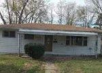 Foreclosed Home in Bedford 47421 2911 WASHINGTON AVE - Property ID: 3702914
