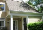 Foreclosed Home in Fairfax 22033 12282 FORT BUFFALO CIR # 472 - Property ID: 3705349