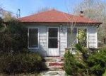 Foreclosed Home in Mastic Beach 11951 126 BAYVIEW DR - Property ID: 3705454