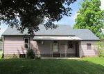 Foreclosed Home in Mount Vernon 43050 900 HOWARD ST - Property ID: 3706142