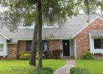 Foreclosed Home in Friendswood 77546 1201 MINGLEWOOD LN - Property ID: 3710825