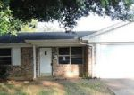 Foreclosed Home in Euless 76040 512 MARTHA ST - Property ID: 3716368