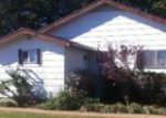 Foreclosed Home in Ponca City 74601 1304 E COWBOY HILL RD - Property ID: 3716938