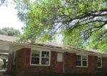 Foreclosed Home in Laurinburg 28352 1016 ELIZABETH DR - Property ID: 3718813