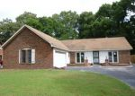 Foreclosed Home in Memphis 38141 6044 ROSEWIND CIR W - Property ID: 3719556