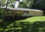 Foreclosed Home in Crossville 38571 153 ESTATES LAKE DR - Property ID: 3719633