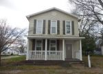 Foreclosed Home in Mount Vernon 47620 328 E 10TH ST - Property ID: 3721788