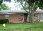 Foreclosed Home in Trenton 75490 811 TEXAS ST - Property ID: 3722985