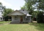 Foreclosed Home in Fort Worth 76140 403 W BARRON AVE - Property ID: 3727892
