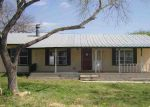 Foreclosed Home in Devine 78016 111 LIVE OAK DR - Property ID: 3727962
