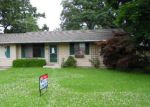 Foreclosed Home in Mchenry 60051 1914 GRANDVIEW DR - Property ID: 3737493