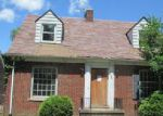 Foreclosed Home in Detroit 48205 15629 SEYMOUR ST - Property ID: 3739408