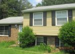 Foreclosed Home in Richmond 23234 6713 BROOKSHIRE DR - Property ID: 3744612