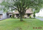 Foreclosed Home in Hubbard 44425 251 JACOBS RD - Property ID: 3744971