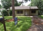 Foreclosed Home in Angleton 77515 1024 CHEVY CHASE DR - Property ID: 3746365