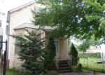Foreclosed Home in Chicago 60617 10351 S AVENUE N - Property ID: 3747786