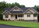 Foreclosed Home in Soddy Daisy 37379 609 NEIGHBORS DR - Property ID: 3748587
