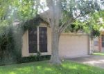 Foreclosed Home in Lake Jackson 77566 106 COFFEE LN - Property ID: 3751188