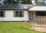 Foreclosed Home in Natchez 39120 142 MOUNT CARMEL DR - Property ID: 3754869