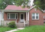 Foreclosed Home in Springfield 62702 605 N MILTON AVE - Property ID: 3761085