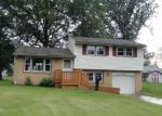 Foreclosed Home in Youngstown 44511 3350 MYRWOOD LN - Property ID: 3763451
