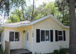 Foreclosed Home in Crystal Lake 60014 165 SUNNYSIDE AVE - Property ID: 3770800