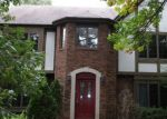 Foreclosed Home in Flossmoor 60422 10 KNOLLWOOD DR - Property ID: 3791914