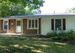 Foreclosed Home in Springfield 62702 2525 SOMERTON RD - Property ID: 3792882