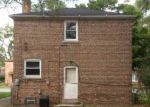 Foreclosed Home in Chicago 60617 9618 S CALHOUN AVE - Property ID: 3792911