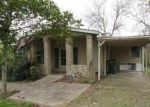 Foreclosed Home in Alvin 77511 204 LULAC ST - Property ID: 3793964