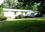 Foreclosed Home in Burlington 27217 2529 CARLA CT - Property ID: 3795980