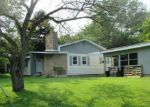 Foreclosed Home in Dalton 1226 10 SUNNYSIDE DR - Property ID: 3806567