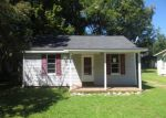 Foreclosed Home in Covington 38019 213 PARK ST - Property ID: 3809049