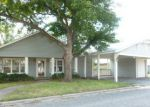 Foreclosed Home in Bowie 76230 909 SANDERS ST - Property ID: 3823580