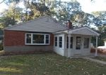 Foreclosed Home in Pasadena 21122 308 CAMBRIDGE RD - Property ID: 3824923