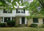 Foreclosed Home in Cleveland 44118 4187 HADLEIGH RD - Property ID: 3825668