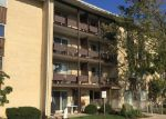 Foreclosed Home in Des Plaines 60016 650 MURRAY LN UNIT 207 - Property ID: 3832851