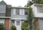 Foreclosed Home in Springfield 22153 8422 LAZY CREEK CT - Property ID: 3833341