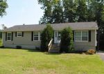 Foreclosed Home in Barrington 3825 37 BROOKS RD - Property ID: 3836835