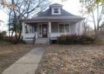 Foreclosed Home in Winfield 67156 1305 E 9TH AVE - Property ID: 3838381