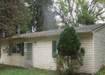Foreclosed Home in Fowlerville 48836 203 N TRUHN RD - Property ID: 3844347