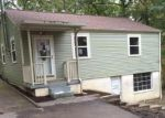 Foreclosed Home in Hillsboro 63050 106 S LAKE DR - Property ID: 3847966