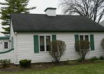 Foreclosed Home in Montgomery 60538 117 BOULDER HILL PASS # 117 - Property ID: 3857298