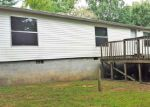 Foreclosed Home in Crossville 38555 177 HILLTOP DR - Property ID: 3859792