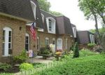 Foreclosed Home in Coram 11727 655 MIDDLE COUNTRY RD APT 2D2 - Property ID: 3865409
