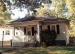 Foreclosed Home in Akron 44305 692 GARRY RD - Property ID: 3865482