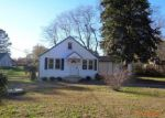 Foreclosed Home in North Chesterfield 23237 7420 CONIFER RD - Property ID: 3879325