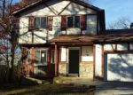 Foreclosed Home in Shirley 11967 11 BAYWOOD DR - Property ID: 3881129