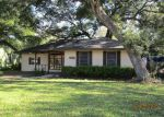 Foreclosed Home in Lake Jackson 77566 330 CALADIUM ST - Property ID: 3890657