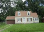 Foreclosed Home in Southfield 48075 21726 8 1/2 MILE RD - Property ID: 3890974
